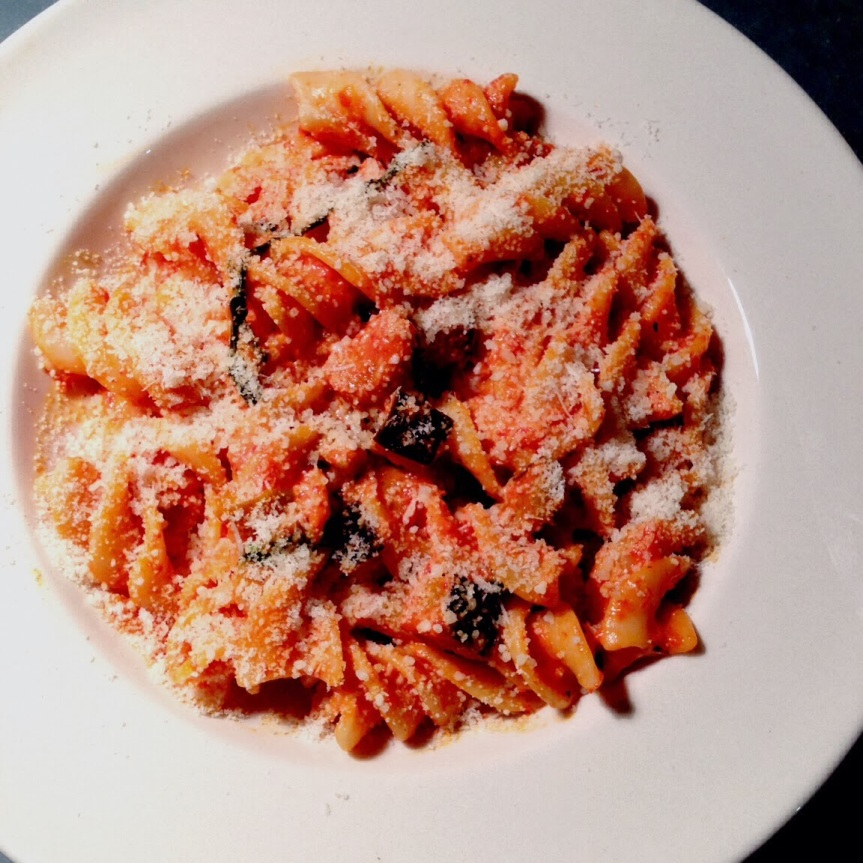 Lazy Eggplant & Roasted Red Pepper Pasta