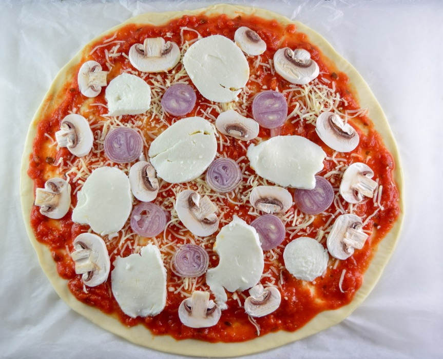 uncooked_pizza_1
